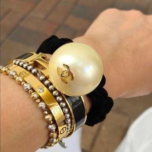 Chanel scrunchie